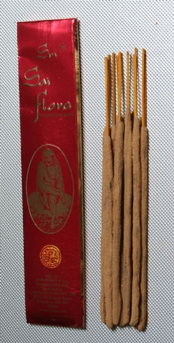 Sri Sai Flora Fluxo Incense Sticks - 25 grams